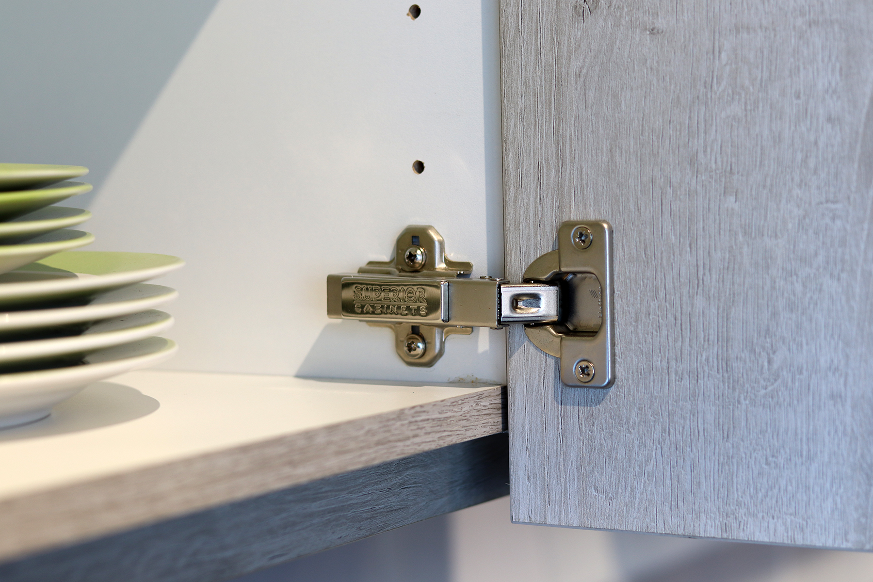 <h1>SOFT CLOSE DOOR HINGES</h1>